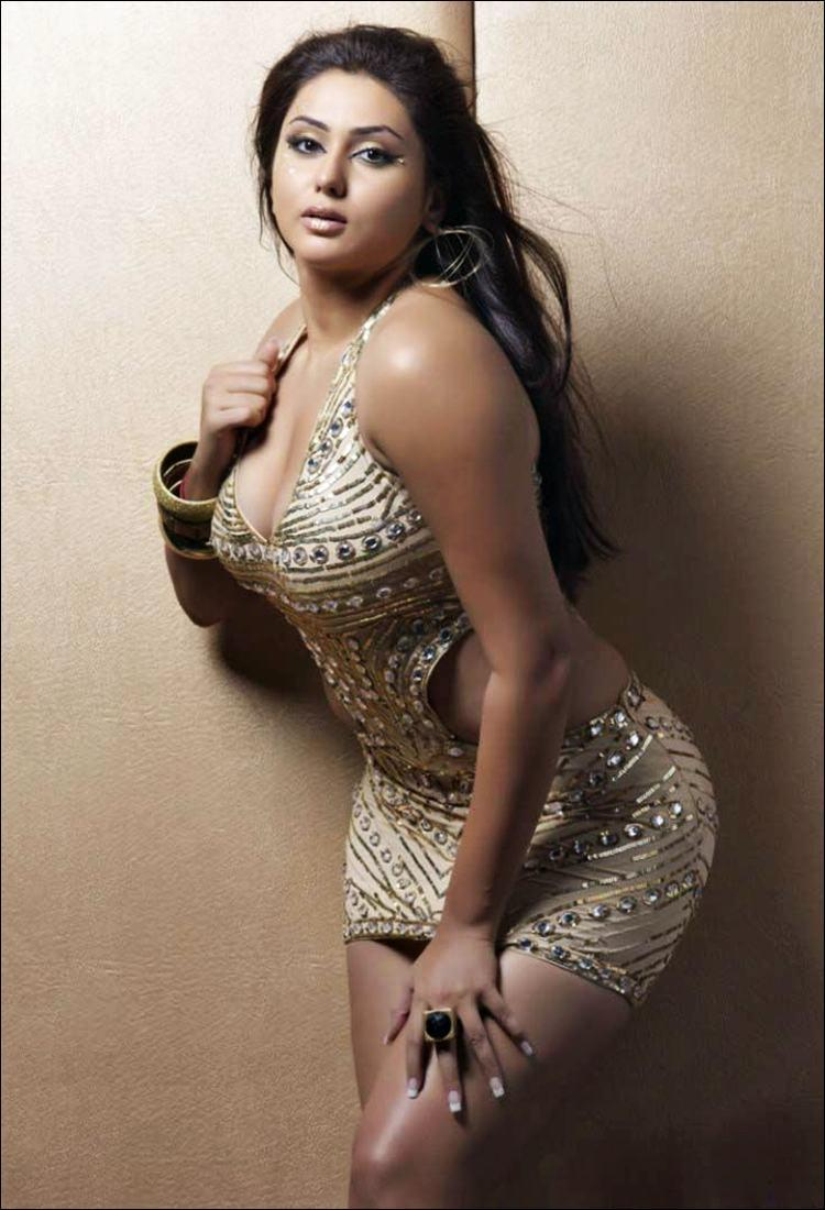 Hot Plus Size Women Gallery